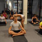 Yoga time. Bilde